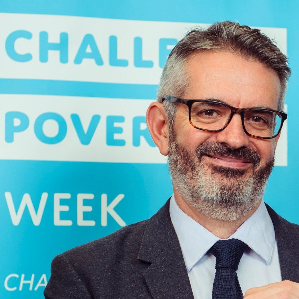 EDINBURGH, UK - 4th October 2018: Scottish MSP's show their support for Challenge Poverty Week. A debate will take place in parliament highlighting the problem of poverty in Scotland and comes as new figures published on Tuesday showed that one in four children are locked in poverty.  (Photograph: MAVERICK PHOTO AGENCY)  Full press release below.  Poverty Alliance news release For immediate use: Thursday 4th October  Photo to follow at 1.30pm  Party leaders unite to challenge poverty Today at the Scottish Parliament leaders of all the political parties represented in Holyrood will join forces to highlight the problem of poverty in Scotland and showcase the solutions we can all get behind to solve it. Leaders will unite for a photocall ahead of a debate in Parliament on the solutions to tackling poverty.[1] The debate is part of ScotlandÕs biggest ever Challenge Poverty Week.  From upcycling classes and family fun days to workshops on innovative alternatives to food banks, more than 100 events are happening this week. Academics, leading NGOs, churches, community groups, schools and leaders of all the major political parties are among those to show their support for the campaign.  NHS Health Scotland, Shelter, NSPCC Scotland, Close the Gap, Refugee Survival Trust, The Church of Scotland and Citizens Advice Scotland are among those joining forces to highlight the grip poverty has on peopleÕs lives and the policies we need to solve the problem.   It comes as new figures published on Tuesday showed that one in four children are locked in poverty and that the majority of these children are in families where someone is disabled or parents are finding it difficult to juggle work and childcare. [2] Peter Kelly, Director of the Poverty Alliance said:  ÒIn our society we believe in doing the right thing. And yet, weÕre letting increasing numbers of people get swept up in the rising tide of poverty.  ÒAll across Scotland people from all walks of life are coming together to